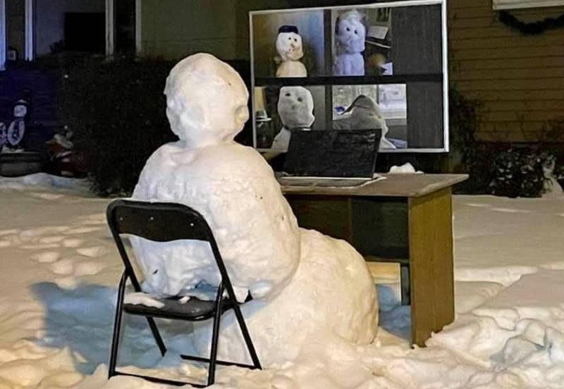 Zoomende sneeuwpop